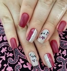 40 - Nail art designs in different colors for you - 1 If you want to make a difference, we offer you nail designs. These nail designs will show you di. Gel Nail Art Designs, Simple Nail Art Designs, Beautiful Nail Designs, Funky Nails, Red Nails, Hair And Nails, Crazy Nail Art, Cool Nail Art, Flower Nail Art
