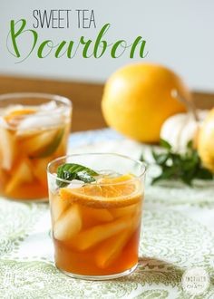 Use agave syrup, mint leaves, and oranges to craft this elegant sweet tea bourbon cocktail. Party Drinks, Cocktail Drinks, Fun Drinks, Cocktail Recipes, Drink Recipes, Fall Cocktails, Sweet Tea Cocktail, Cocktail Ideas, Bourbon Cocktails