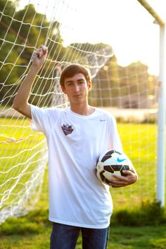 Melissa R Berry Photography | Senior Pictures | Senior Boy Photography | Soccer Photo | Sports Pictures