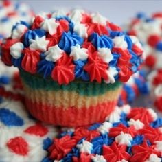 Fourth of July cupcakes - all dressed up and ready to go!!!