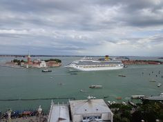 Costa magica: venezia