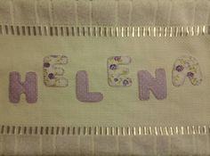 Letras em toalha de lavabo