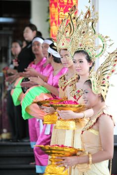 Guest welcome. Timeless Beauty, Thailand, Romantic, Sky, Holidays, Wedding, Heaven, Valentines Day Weddings, Holidays Events