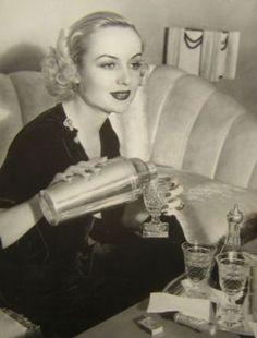 Classic Hollywood beauty - carole lombard16.jpg