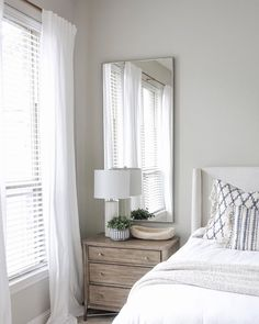 Pillow Thought: Bedroom Update Green Apartment, Bedroom Apartment, Small Space Interior Design, Home Interior Design, Wood Bedroom, Bedroom Decor, White Bedroom, Guest Bedrooms, Bedroom Colors