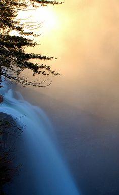 Desoto Falls, Alabama; photo by Wes Thomas