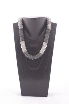 Etnika ladies jewellery from Rhona Russell in Petersfield, Hampshire. Hampshire, Women Jewelry, Clothes For Women, Chain, Lady, Accessories, Fashion, Outerwear Women, Moda