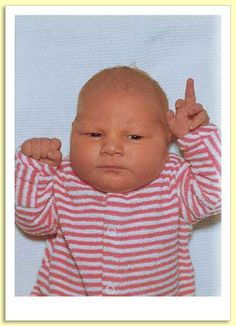 13 FUNNY PICTURES OF BABIES GIVING YOU THE MIDDLE FINGER. | xRIXSTERWEB