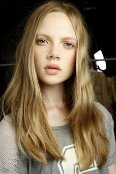 Serenity and Oasis - Backstage Beauty at Diane von Furstenberg with the BioSilk hair & MAC makeup looks