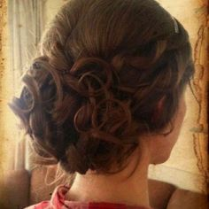 #TopshopPromQueen, Hair style for prom