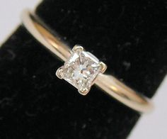 Estate 14K Yellow Gold Genuine Princess Cut Diamond Solitaire Engagement Ring .25 Carats 1.8 Grams Size 6.5