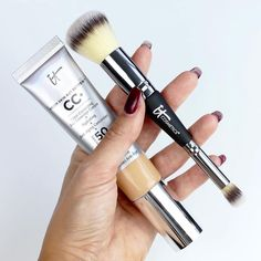 Experience beautiful skin with CC+ Cream SPF Your best-selling color correcting cream works as your full-coverage foundation, anti-aging serum and more. It Cosmetics Cc Cream, Hydrating Serum, It Cosmetics Brushes, Uneven Skin Tone, Anti Aging Cream, Color Correction, Sunscreen, Bob Braids, Broad Spectrum