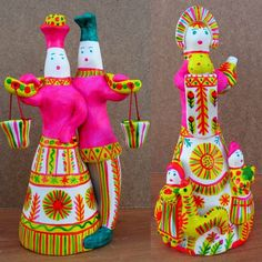 Filimonovskaya toy - an most old public artistic handicraft industry to Russia. The Native land handicraft industry - a village Filimonovo Odoev region Tulа area, is for the first time mentionned in ancient chronicle XVI age.