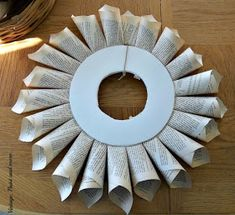 Book Page Wreath Tutorial - Vintage, Paint and more. Old Book Crafts, Book Page Crafts, Xmas Wreaths, Paper Wreaths, Flower Wreaths, Paper Decorations, Christmas Decorations, Christmas Crafts, Christmas Ornaments