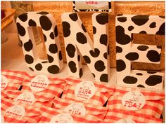 Many cute cow and farm party ideas
