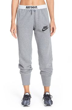 These soft and comfortable jogger sweats are perfect for hitting the gym or lounging around the house. This fabulous Christmas gift will keep loved ones warm and stylish on chilly days.