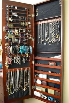 ideal way to store jewelry