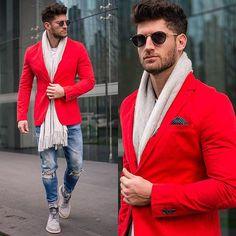 NewPost🔴RojoIndispensable #VBstyle  Ya pueden revisar los detalles de este outfit en manstreetstyle.com 📷 @maxbrito_