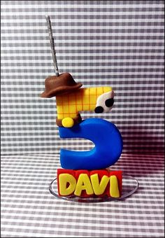 Vela Toy Story Number Cake Toppers, Number Cakes, Toy Story Theme, Toy Story Party, Festa Toy Store, Toy Story Birthday Cake, Toy Story Crafts, Cumple Toy Story, Fondant Animals