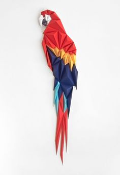 Macaw by Anna Trundle. This one is such a beauty, a paper sculpture made of different irregular shap… – Origami World Origami Design, Diy Origami, Origami Yoda, Origami Star Box, Origami Paper Art, Origami Dragon, Origami Stars, Origami Tutorial, Paper Crafting