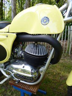 Bultaco Motorcycles, Vintage Motorcycles, Custom Motorcycles, Custom Bikes, Cars And Motorcycles, Motorbikes, Motocross Love, Motocross Bikes, Vintage Motocross