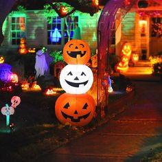 Led Pumpkin Inflatable Halloween Decoration 4.3 Ft. Indoor Or Outdoor Party Deco #MAOYUE Halloween Blow Ups, Outdoor Halloween, Scary Halloween, Halloween Yard Inflatables, Party Inflatables, Party Deco, Inflatable Pumpkin, Ghost Pumpkin, Outdoor Garden Decor