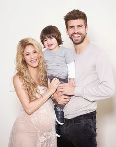 Ekpo Esito Blog: Shakira opens up about pregnancy and motherhood, s...