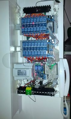 Arduino Home Automation, Home Automation Project, Electronics Basics, Electronics Projects, Projetos Raspberry Pi, Electronic Circuit Design, Arduino Programming, House Wiring, Raspberry Pi Projects