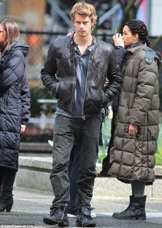 From Summer Bay to Vancouver: Australian actor Luke Mitchell filmed final outdoor scenes for Season One of his science fiction series The Tomorrow People on Sunday afternoon