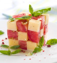 "Rubik's Cube caprese salad? Adorable!!! (And it makes me want to host a ""nerd"" dinner party and follow this theme throughout the meal)"