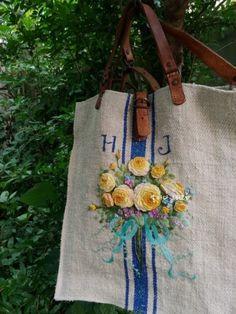 햄프가방(캐비지로즈) : 네이버 블로그 Rococo, Hand Embroidery, Purses And Bags, Burlap, Cross Stitch, Reusable Tote Bags, Elsa, Style, Craft