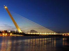 #Puente del Alamillo Sevilla, España, 1992. vía Twitter @Estructurando #Ingeniería