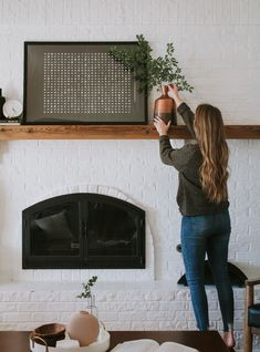 How to design your home when you change your style a lot - Nadine Stay. Interior design tips by Danica of Nadine Stay and Nadine Speaks - the podcast. Home design advice. Modern Fall Decor, Fall Home Decor, Autumn Home, Cheap Home Decor, Living Room Designs, Living Room Decor, Fireplace Design, Fireplace Brick, Cottage Fireplace