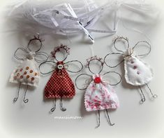 Christmas Makes, Christmas Crafts For Kids, Crafts To Sell, Holiday Crafts, Christmas Ornaments, Wire Art Sculpture, Angel Crafts, Craft Box, Wire Crafts
