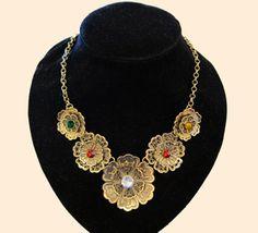Golden-Flower-Necklace