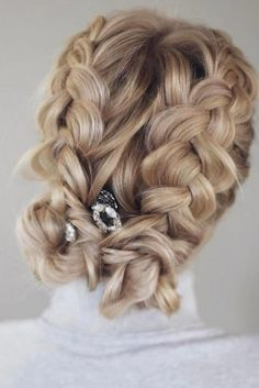 Fun Hairstyles with Braids picture3