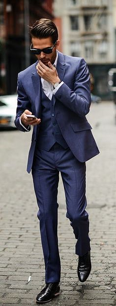 Hot Sale (Jacket+Pants+vest) Business Mens Suits 3 Pieces Groomsmen Best Man Suit Wedding Suit for Men Groom Tuxedo Suits Fashion Mode, Suit Fashion, Look Fashion, Fashion Bella, Fashion 2016, Mode Masculine, Sharp Dressed Man, Well Dressed Men, Style Gentleman