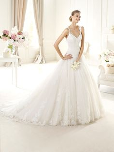 2014 pronovias wedding gown http://www.weddingchicks.com/2013/10/28/pronovias-2014-bridal-collections/