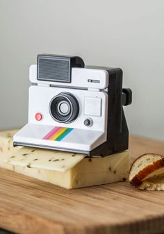 Smile and Say Cheese Slicer. To bring some whimsy to your party prep, reach for this instant-camera-shaped cheese slicer by Gama-Go! #multi #modcloth / TechNews24h.com