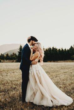 18 Ideas Dress Princess Wedding For 2019 Princess Wedding Dresses, Colored Wedding Dresses, Glamorous Wedding Dresses, Whimsical Wedding Dresses, Shooting Couple, Wedding Fotos, Before Wedding, Wedding Decor, Wedding Ideas