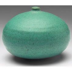 878: Doyle Lane vase, LA studio potter : Lot 878