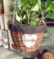 Factory wholesale wall hanging round brown willow wicker basket garden basket with handle & plastic lining for planting