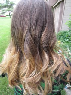 I want to do this! I wonder if it would be to much for me. I just would want my base a little darker.
