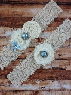 ivory wedding garter / bridal  garter/  lace by whomadethatbow, $28.99