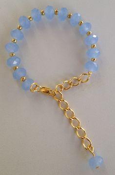 Baby blue crystal beaded chain bracelet pulseira de cristal azul claro com corrente