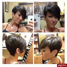 Fryzury Czarne włosy: Fryzury Krótkie Na co dzień Proste z grzywką Rozpuszczone Czarne - ladyluscious - 1615816