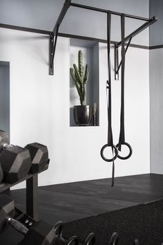Home Personal Training To Get Personal Training Studio, Personal Trainer, Home Gym Decor, Gym Room At Home, Yoga Studio Design, Home Gym Design, House Design, Home Gym Garage, Fitness Gym