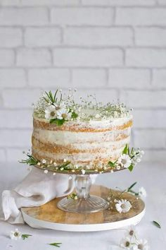 Natural Wedding Cake || Simple Wedding Cake || Romantismo
