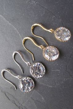 Round crystal earrings, these earrings make perfect crystal bridal earrings and is also perfect for occassion that call for simple but elegant touch of bling. Bling Wedding, Wedding Pins, Wedding Vendors, Dream Wedding, Wedding Ideas, Round Earrings, Crystal Earrings, Dangle Earrings, Etsy Jewelry