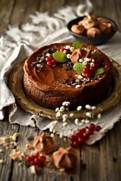 Cinnamon Cheesecake, Cheesecake Trifle, Chocolate Cheesecake, Cheesecake Recipes, Chocolate Chocolate, Holiday Desserts, Winter Food, Cakes And More, Cupcake Cakes